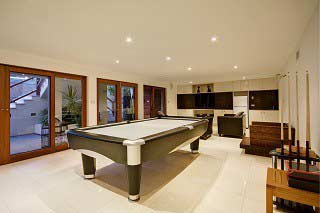 Pool table movers in Palm Springs