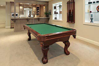 Pool table sizes guide in Palm Springs